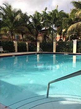 piscine-maison-miami